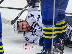 Kladno - Přerov 1:3. Smutný zápas pro Rytíře a hlavně pro Juri Repeho, jenž po zásahu pukem skončil v nemocnici.
