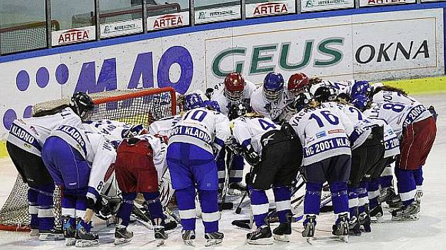 HC 2001 Transquilitas Kladno - HC Slavia Praha 0:6 (0:1,0:3,0:2), 4. finále ELH ženy 2009/10, 21.2.2010,  ZS Kladno