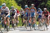 Závod kolem Křivoklátu bývá vrcholem každého ročníku cyklistických Lidic.