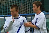Tomáš Cigánek (vpravo) vyměnil kladenský dres za ovčárský.