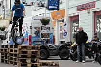 Petr Drábek předvedl jaké kousky se dají dělat na kole.