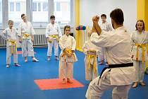 Cvičení klubu karate Keiko Ryu Shotokan Kladno.