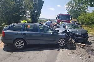 K těžké dopravní nehodě došlo v pátek 28. června za obcí Třebusice na Kladensku.
