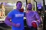 První galavečer MMAsters League® se odehrál v kladenském obchodním centru Oaza. Vpravo Patrik Kincl.