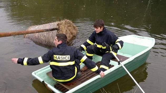 Zásah Sboru dobrovolných hasičů Vinařice.