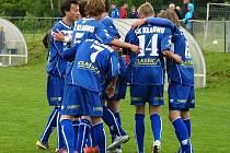 Kladenský dorost do 17 let měl spoustu šancí, ale Karlovy Vary porazil až nesládkovým gólem ze závěru.