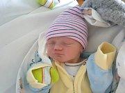 MATEO GLÜCKSELIG, SLANÝ. Narodil se 27. listopadu 2018. Po porodu vážil 2,98 kg a měřil 50 cm. Rodiče jsou Pavlína Glückselig a David Glückselig. (porodnice Slaný)