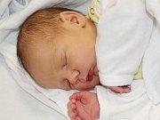 Václav Suda ze Žinkov (3830 g, 50 cm) se narodil v klatovské porodnici 2. května v 11.48 hodin. Rodiče Hana a Josef věděli, že Josefovi (3) přinesou domů brášku.