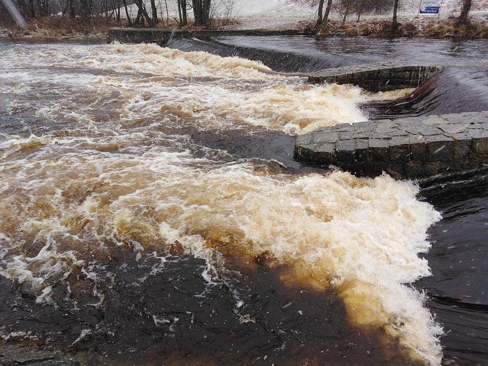 Řeka Otava v Sušici.