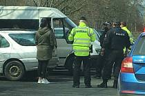 Zásah policie v Klatovech kvůli krádeži katalyzátoru.