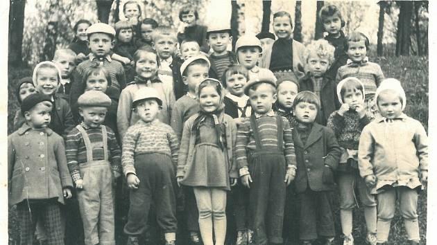Mateřská škola, 1962.