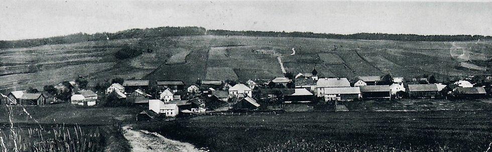 Pohled na Hyršov před válkou. Tam se narodila Anna Fischer.