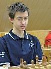 Šachisté Šachklubu Sokol Klatovy vyhráli mládežnickou extraligu. Na fotografii je Tomáš Hurdzan.