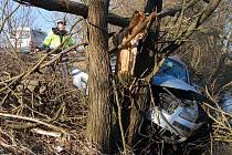 Nehoda u obce Makalovy.