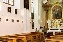Na Zámku Hrádek u Sušice najdete kapli Sv. Valburgy, patronky šestinedělek a rolníků.