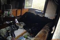 Požár bytu v panelovém domě v Sušici.