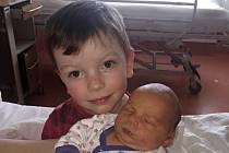 Michal Brejcha z Nepomuku (3510 g, 49 cm) se narodil v klatovské porodnici 15. března. Rodiče Václava a Karelpřivítali očekávaného syna na světě společně. Na brášku se doma těší Ondřej (3 roky).