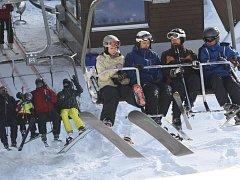 Zahájení lyžařské sezony na Šumavě. Ski areál Špičák 8. 12. 12