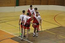 Dorostenci florbalových Klatov (na archivním snímku) bojovali na turnaji Prague Floorbal Cup v Praze. Jejich cesta skončila ve čtvrtfinále na holích týmu FBS Olomouc.