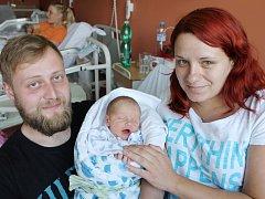 Richard Němeček z Únějovic (3200 g, 53 cm) se narodil v klatovské porodnici 29. května v 9.45 hodin. Rodiče Kateřina a Richard přivítali očekávaného prvorozeného synka na svět společně.