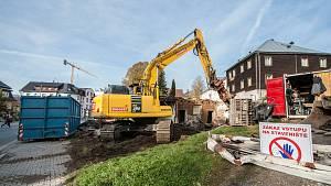 Legendární kavárna se demoluje