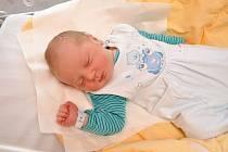 Milan Žiga ze Soběšic (3700 g) se narodil ve strakonické porodnici 8. února v 18.41 hodin. Na syna se těšili rodiče Nikola a Milan a na brášku Karolínka (1,5).