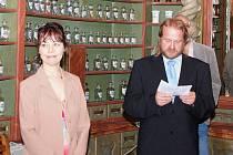 Slavnostní otevření barokní lékárny U Bílého jednorožce