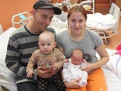 David Skýpal ze Sušice (3250 gramů, 49 cm) se narodil v klatovské porodnici 23. listopadu ve 12.53 hodin. Rodiče Eva a David věděli dopředu, že Evička (15 měsíců) bude mít brášku.