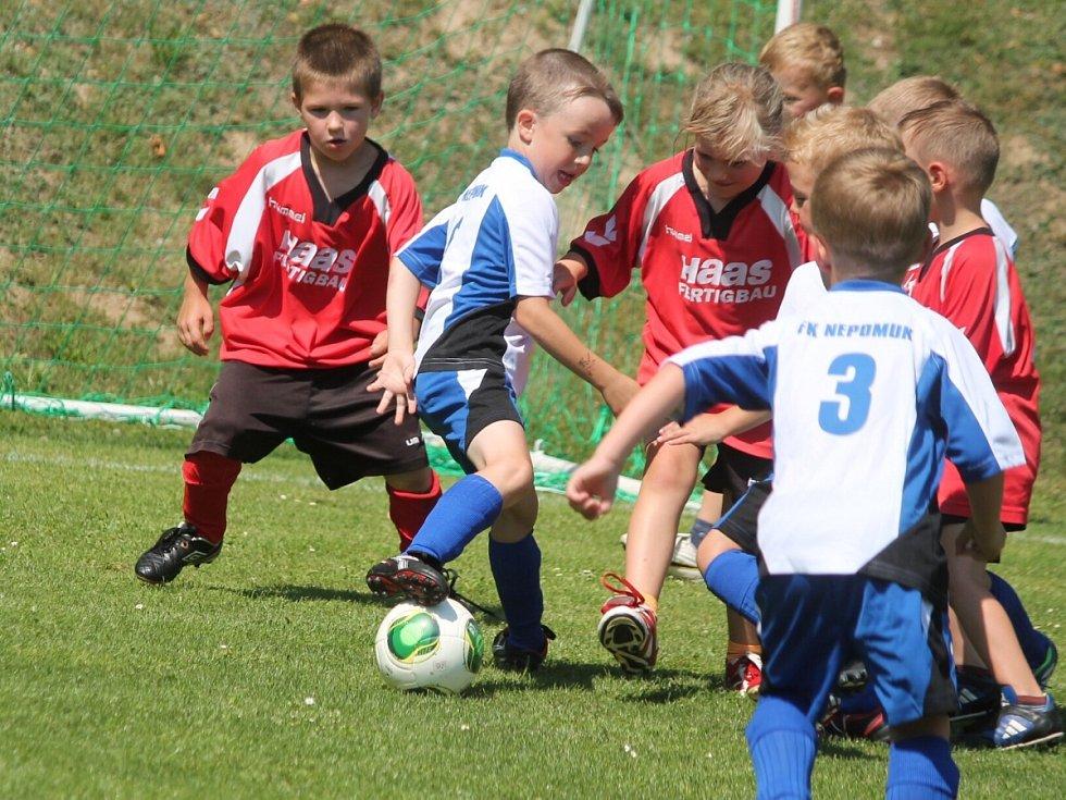 V Chanovicích slavili 40. výročí založení tamního fotbalového klubu.