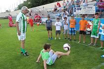 Oslavy 90 let fotbalu v Měčíne - přátelský zápas Měčín - internacionálové Bohemians Praha.