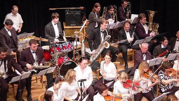 Pošumavský Big Band v klatovském divadle