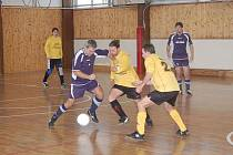 Klatovská zimní amatérská liga v malé kopané začala prvním kolem.