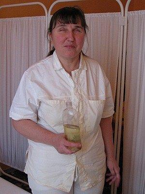 Emília Mayerová z Klatov si udělala rekvalifikační kurz na masérku a vrhla na podnikání.