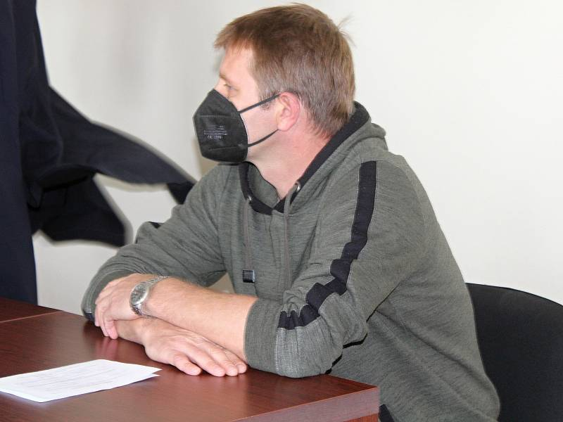 Jaroslav Uher u klatovského soudu.