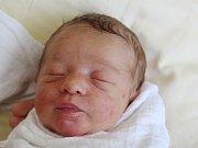 Petr Umprecht zÚboče (2990 g, 49 cm) se narodil vklatovské porodnici 22. října ve 12.54 hodin. Rodiče Vladislava a Josef přivítali svého syna na svět společně.