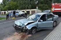 Nehoda mladého řidiče v Gorkého ulici v Klatovech.