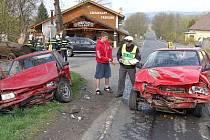 Nehoda si vyžádala čtyři zraněné osoby.