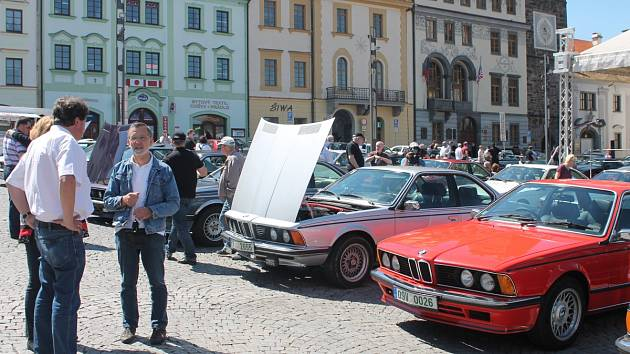 Sraz vozů BMW v Klatovech.