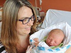 Tomáš Vlnař z Klatov (3345 g, 52 cm) se narodil v klatovské porodnici 20. května ve 13.27 hodin. Rodiče Petra a Zdeněk přivítali očekávaného prvorozeného synka na svět společně.