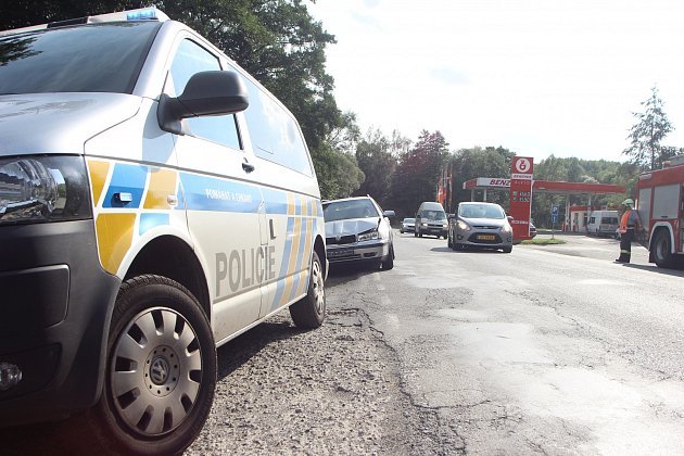 Tři vozidla se srazila u Sušice.