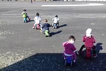 Celodenní péče o malé děti v Klokánku je také velmi náročná.