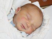 Michal Volek z Přeštic (3970 g, 53 cm) se narodil v klatovské porodnici 20. září ve 14.51 hodin. Rodiče Alena a Michal přivítali očekávaného syna na světě společně. Na brášku se těší Hanička (3).
