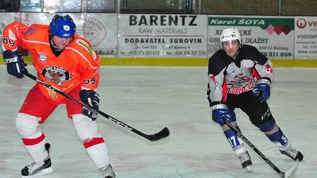 Hráči HC Viziauto vyhráli v přímém souboji o první místo nad AHC Vačice 2:1.