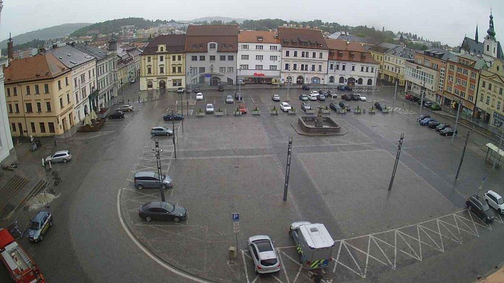 Pohled z webkamery umístěné na věži.