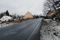 Silnice vedoucí přes Brod.