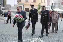 Pietní akt k uctění památky obětem okupace v srpnu 1968 v Klatovech.