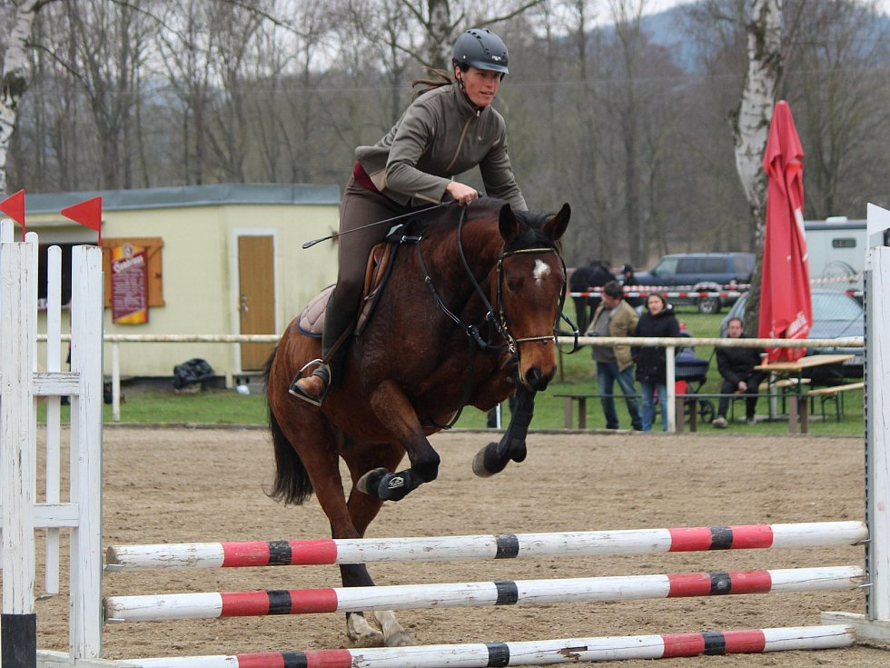 Jarní jezdecké hobby závody v Klatovech 2018: Skoková soutěž pro pony 50 - 70 cm