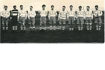 Mužstvo Jiskra Klatovy před pětapadesáti lety