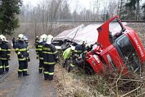Nehoda kamionu u Zelené Lhoty