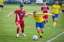 Doubravka (ve žlutém) zvítězila 1:0.